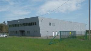 Industrie Halle auf einem Hektar Land in Niederschlesien, 1100 m2, Buoros ca 500 m2