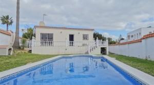 Nur 700 m bis zum Strand, freistehende Villa mit eigenem Pool in Buenas Noches